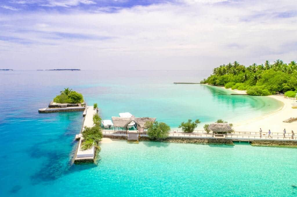 Few Best Beach Resorts That You Must Visit With Your Family