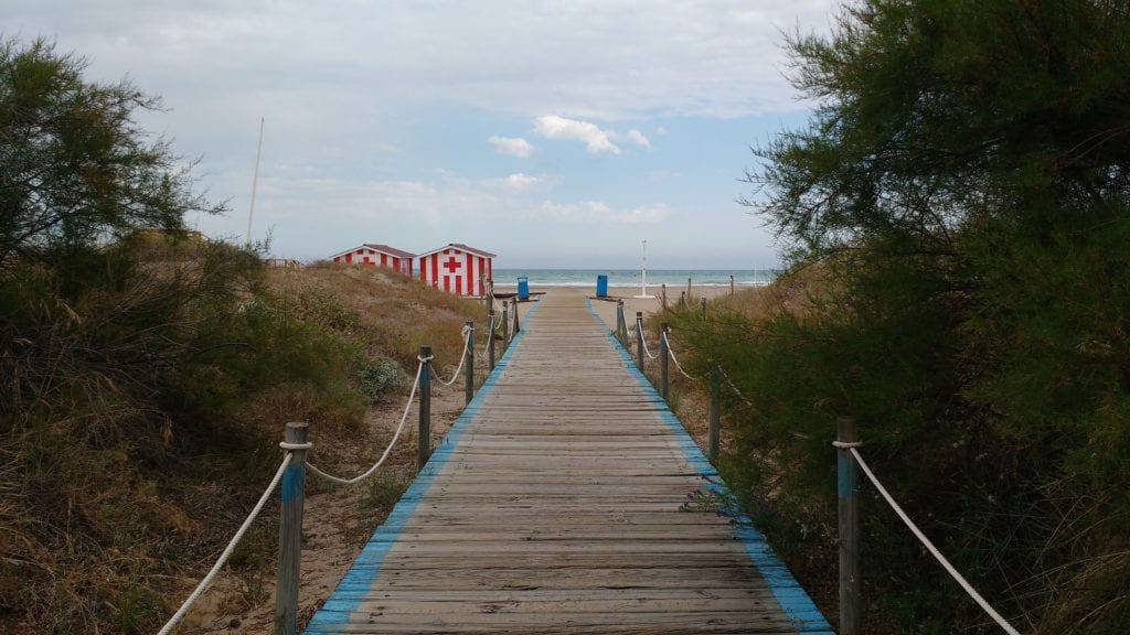 Best Beach Gateways In The World: To Forget About Your Troubles